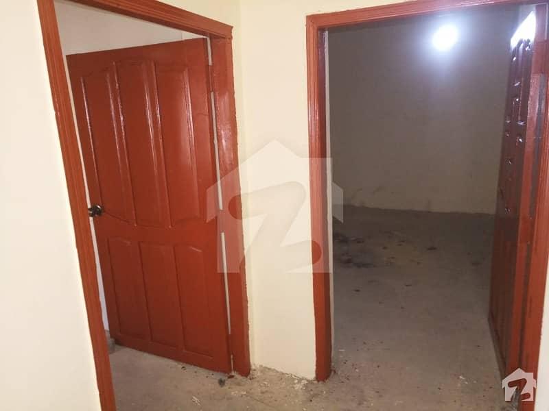 اللہ آباد لاڑکانہ میں 9 کمروں کا 11 مرلہ مکان 56 لاکھ میں برائے فروخت۔