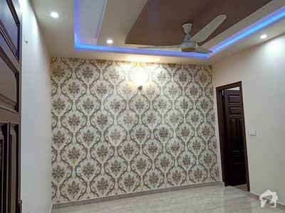 ڈی سی کالونی گوجرانوالہ میں 5 کمروں کا 10 مرلہ مکان 50 ہزار میں کرایہ پر دستیاب ہے۔