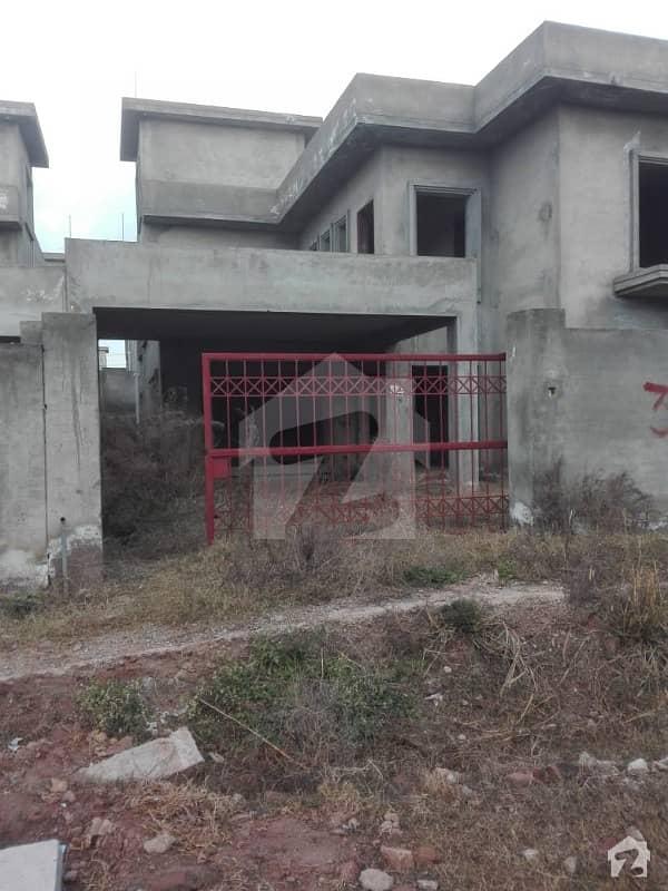 پی ایچ اے ایف آفیسرز ریزڈینسیا کوری روڈ اسلام آباد میں 2 کمروں کا 1 کنال مکان 1.15 کروڑ میں برائے فروخت۔