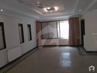 Upper Portion Is Available For Rent In I-8 For Commercial Purpose