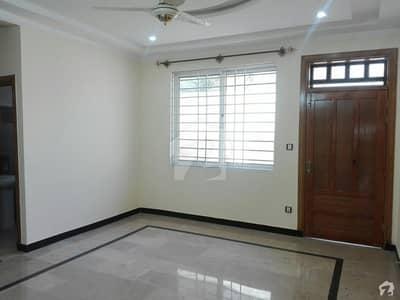 فیڈریشن ہاؤسنگ سوسائٹی - او-9 نیشنل پولیس فاؤنڈیشن او ۔ 9 اسلام آباد میں 6 کمروں کا 12 مرلہ مکان 85 ہزار میں کرایہ پر دستیاب ہے۔