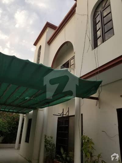 کلفٹن ۔ بلاک 5 کلفٹن کراچی میں 4 کمروں کا 11 مرلہ مکان 1.5 لاکھ میں کرایہ پر دستیاب ہے۔