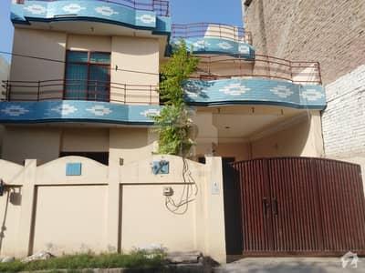 زکریا ٹاؤن ملتان میں 3 کمروں کا 5 مرلہ مکان 25 ہزار میں کرایہ پر دستیاب ہے۔