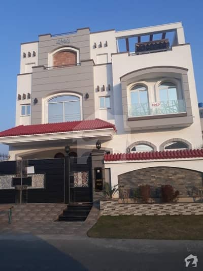 VVVVV Beautifull 6BED  STORE Servant with Bath STORE  TOY HOUSE JHOOLA CUPLE