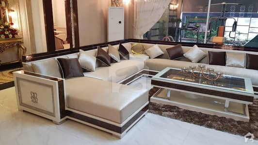 Fully Furnished Double Storey Available For Rent