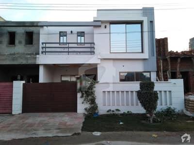 بش ایگزیکٹو ولاز ملتان میں 3 کمروں کا 5 مرلہ مکان 32 ہزار میں کرایہ پر دستیاب ہے۔