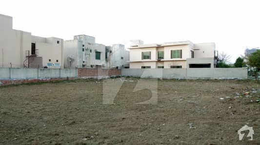 ڈی ایچ اے فیز 5 - بلاک جے فیز 5 ڈیفنس (ڈی ایچ اے) لاہور میں 17 مرلہ رہائشی پلاٹ 2.8 کروڑ میں برائے فروخت۔