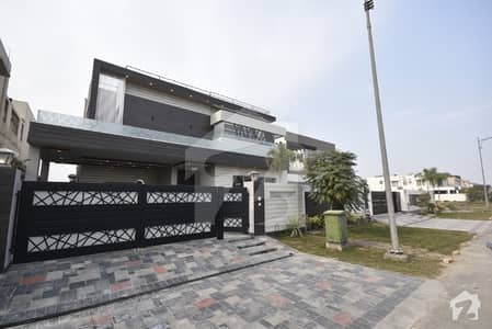 01 Kanal Beautiful Villa Available For Sale In Dha Phase 6 Hot Location