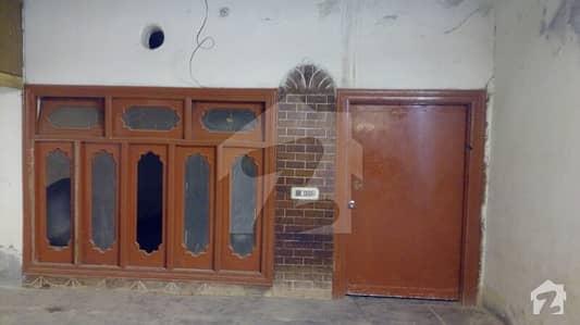 کوٹ فرید روڈ سرگودھا میں 3 کمروں کا 4 مرلہ مکان 12 ہزار میں کرایہ پر دستیاب ہے۔