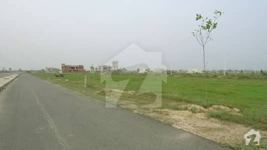 W 1423 kanal plot for sale prime location 70 fit road 2 side open