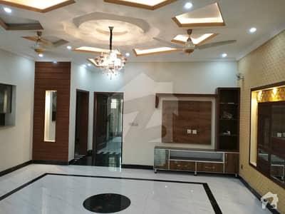 بحریہ ٹاؤن ۔ بلاک ڈی ڈی بحریہ ٹاؤن سیکٹرڈی بحریہ ٹاؤن لاہور میں 5 کمروں کا 10 مرلہ مکان 70 ہزار میں کرایہ پر دستیاب ہے۔
