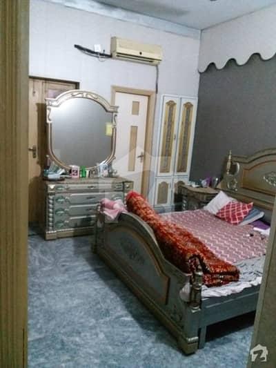 ستیانہ روڈ فیصل آباد میں 2 کمروں کا 7 مرلہ زیریں پورشن 25 ہزار میں کرایہ پر دستیاب ہے۔
