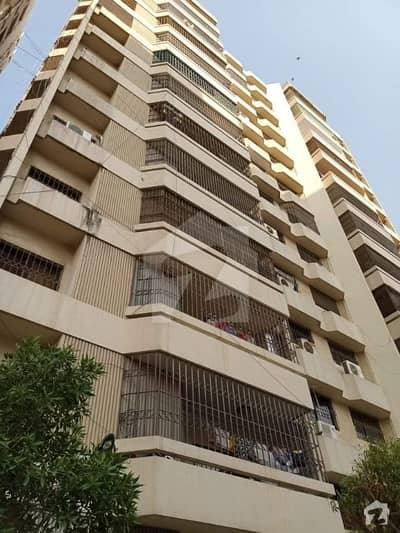 خلیق الزماں روڈ کراچی میں 3 کمروں کا 9 مرلہ فلیٹ 8.5 لاکھ میں کرایہ پر دستیاب ہے۔