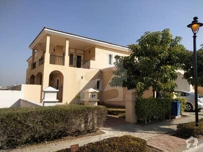 عمارکینیان ویوز اسلام آباد میں 5 کمروں کا 1.22 کنال مکان 3.5 کروڑ میں برائے فروخت۔