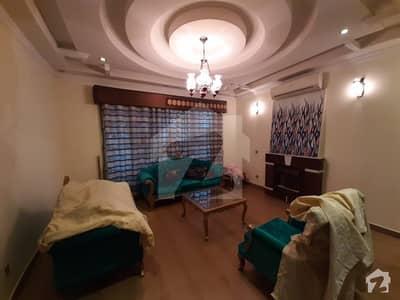 ڈی ایچ اے فیز 5 - بلاک اے فیز 5 ڈیفنس (ڈی ایچ اے) لاہور میں 2 کمروں کا 1 کنال مکان 1.6 لاکھ میں کرایہ پر دستیاب ہے۔