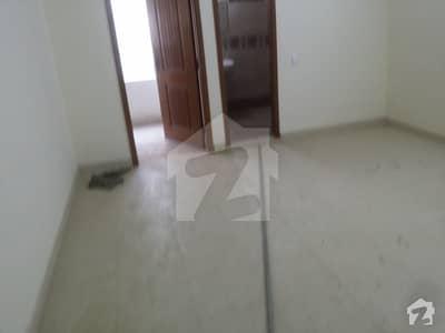 پی ای سی ایچ ایس بلاک 2 پی ای سی ایچ ایس جمشید ٹاؤن کراچی میں 4 کمروں کا 12 مرلہ بالائی پورشن 85 ہزار میں کرایہ پر دستیاب ہے۔