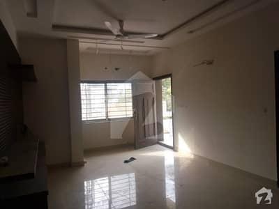 کینٹ لاہور میں 3 کمروں کا 1 کنال بالائی پورشن 60 ہزار میں کرایہ پر دستیاب ہے۔