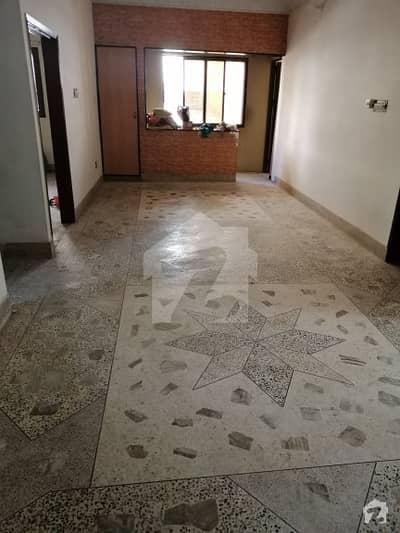 پی ای سی ایچ ایس بلاک 6 پی ای سی ایچ ایس جمشید ٹاؤن کراچی میں 3 کمروں کا 6 مرلہ بالائی پورشن 42 ہزار میں کرایہ پر دستیاب ہے۔