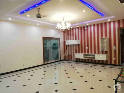 1 Kanal Full House For Rent At Vip Location In Janiper Block Bahria Town Lahore