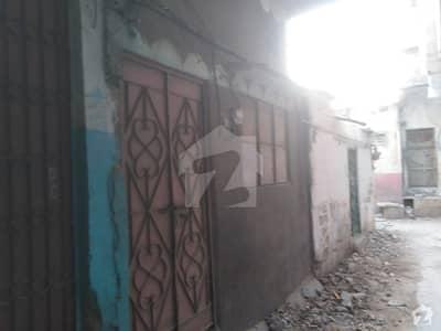 واحد آباد لیاقت آباد کراچی میں 2 کمروں کا 2 مرلہ مکان 40 لاکھ میں برائے فروخت۔