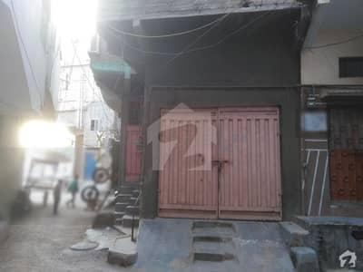 واحد آباد لیاقت آباد کراچی میں 6 کمروں کا 2 مرلہ مکان 80 لاکھ میں برائے فروخت۔