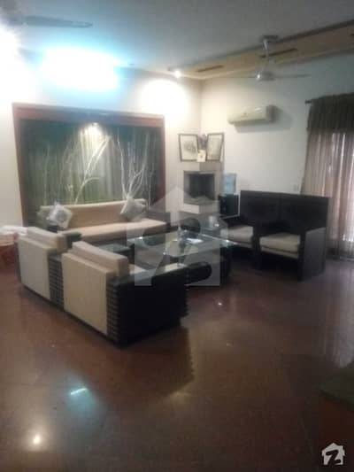 5 Bed Rooms Fully Furnished Corner House House For  Rent