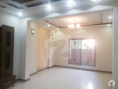 بحریہ ٹاؤن ۔ بلاک بی بی بحریہ ٹاؤن سیکٹرڈی بحریہ ٹاؤن لاہور میں 3 کمروں کا 5 مرلہ مکان 40 ہزار میں کرایہ پر دستیاب ہے۔
