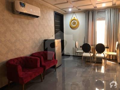 بحریہ ٹاؤن سیکٹرڈی بحریہ ٹاؤن لاہور میں 1 کمرے کا 2 مرلہ فلیٹ 48 ہزار میں کرایہ پر دستیاب ہے۔