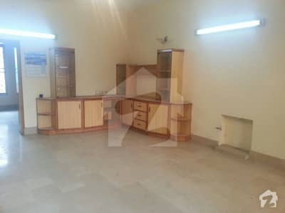 Allama Iqbal Town Independent Single Storey House For Rent