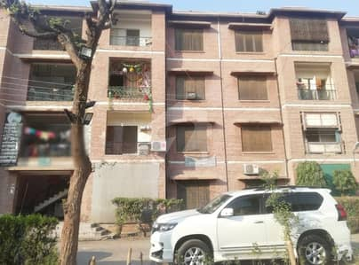 Flat For Sale In PHA Colony UET Lahore