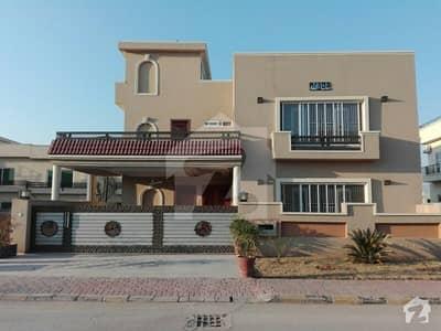بحریہ انکلیو - سیکٹر اے بحریہ انکلیو بحریہ ٹاؤن اسلام آباد میں 5 کمروں کا 14 مرلہ مکان 3.7 کروڑ میں برائے فروخت۔
