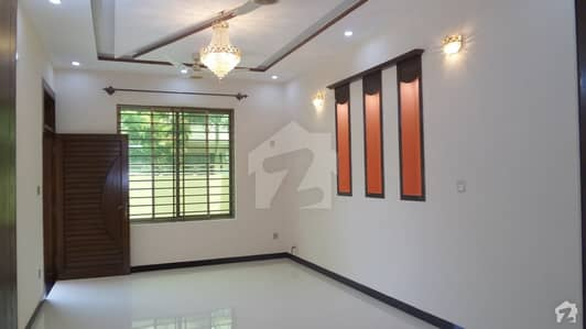 House Is Available On Good Location For Rent In G-14/4 Islamabad