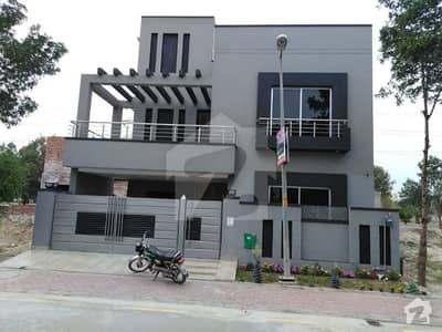 12 MARLA CORNER HOUSE AVAILABLE IN GULBAHAR BLOCK SECTOR C BAHRIA TOWN LAHORE