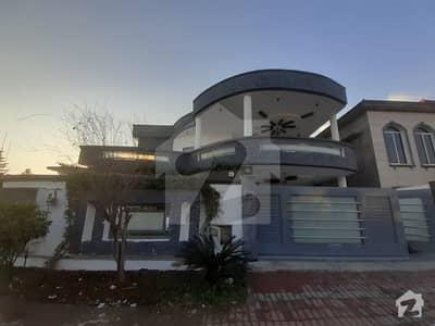 Kanal Corner House For Rent In Heart Of Bahria