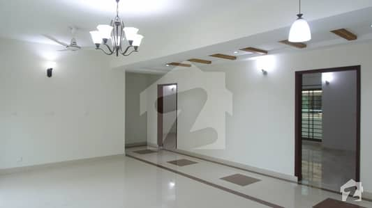 10 Marla Brand New Flat For Rent Askari 11 Lahore