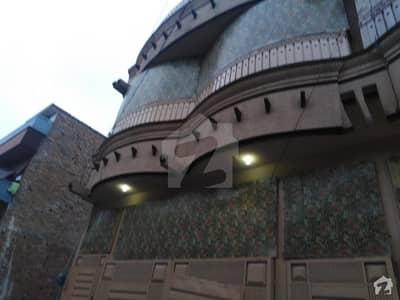 حیات آباد فیز 6 - ایف9 حیات آباد فیز 6 حیات آباد پشاور میں 4 کمروں کا 3 مرلہ زیریں پورشن 25 ہزار میں کرایہ پر دستیاب ہے۔