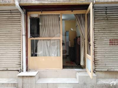 پی ای سی ایچ ایس بلاک 2 پی ای سی ایچ ایس جمشید ٹاؤن کراچی میں 1 مرلہ دکان 42 لاکھ میں برائے فروخت۔