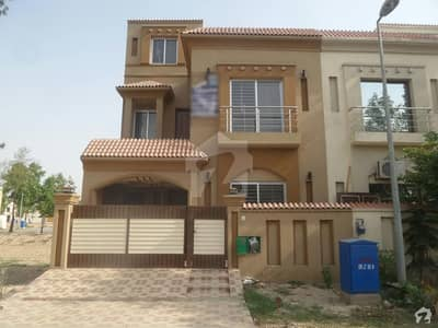 Portion For Rent In Bahria Nasheman