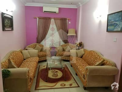 In Low Price Beautiful Apartment In Bukhari Commercial