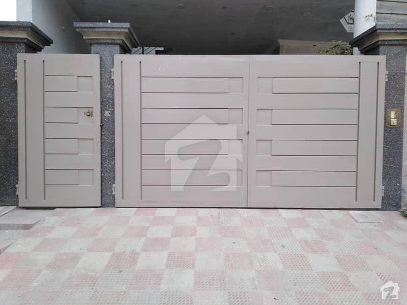 گوہرٹاؤن بہاولپور میں 7 کمروں کا 10 مرلہ مکان 50 ہزار میں کرایہ پر دستیاب ہے۔