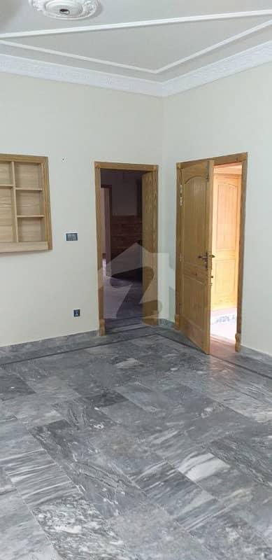 گلریز ہاؤسنگ سوسائٹی فیز 2 گلریز ہاؤسنگ سکیم راولپنڈی میں 6 کمروں کا 7 مرلہ مکان 1.7 کروڑ میں برائے فروخت۔