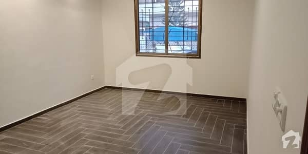233 Sq Yards First Floor Portion