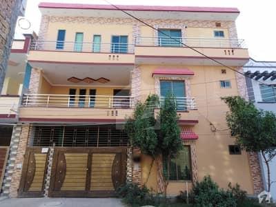 المجید پیراڈایئز رفیع قمر روڈ بہاولپور میں 2 کمروں کا 6 مرلہ بالائی پورشن 14 ہزار میں کرایہ پر دستیاب ہے۔