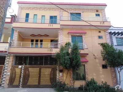 المجید پیراڈایئز رفیع قمر روڈ بہاولپور میں 4 کمروں کا 6 مرلہ مکان 22 ہزار میں کرایہ پر دستیاب ہے۔