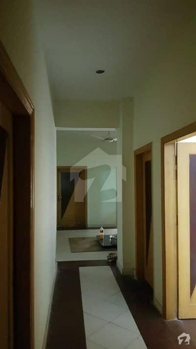 تاج آباد پشاور میں 4 کمروں کا 7 مرلہ فلیٹ 80 لاکھ میں برائے فروخت۔