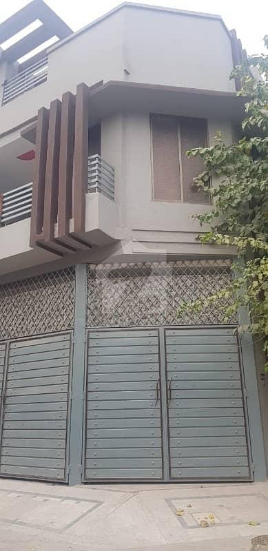 حیات آباد فیز 4 حیات آباد پشاور میں 6 کمروں کا 5 مرلہ مکان 2.1 کروڑ میں برائے فروخت۔