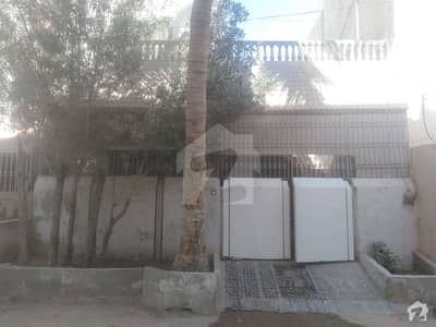 House For Sale In Bufferzone - Sector 15-A/4