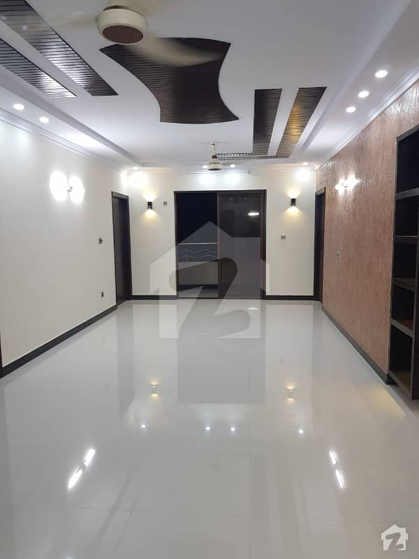 Luxurious Full Floor Apartment Available For Sale