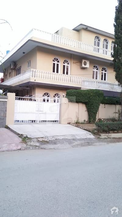 Ideally Located 600 Square Yards House For Sale