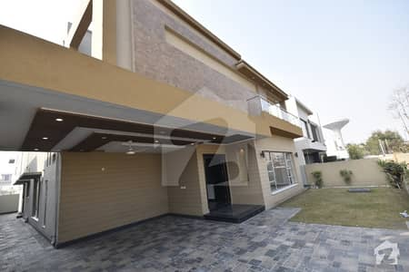 BRAND NEW 01 KANAL WITH ORIGINAL PICS BUNGALOW AVAILABLE FOR SALE IN DHA PHASE 6